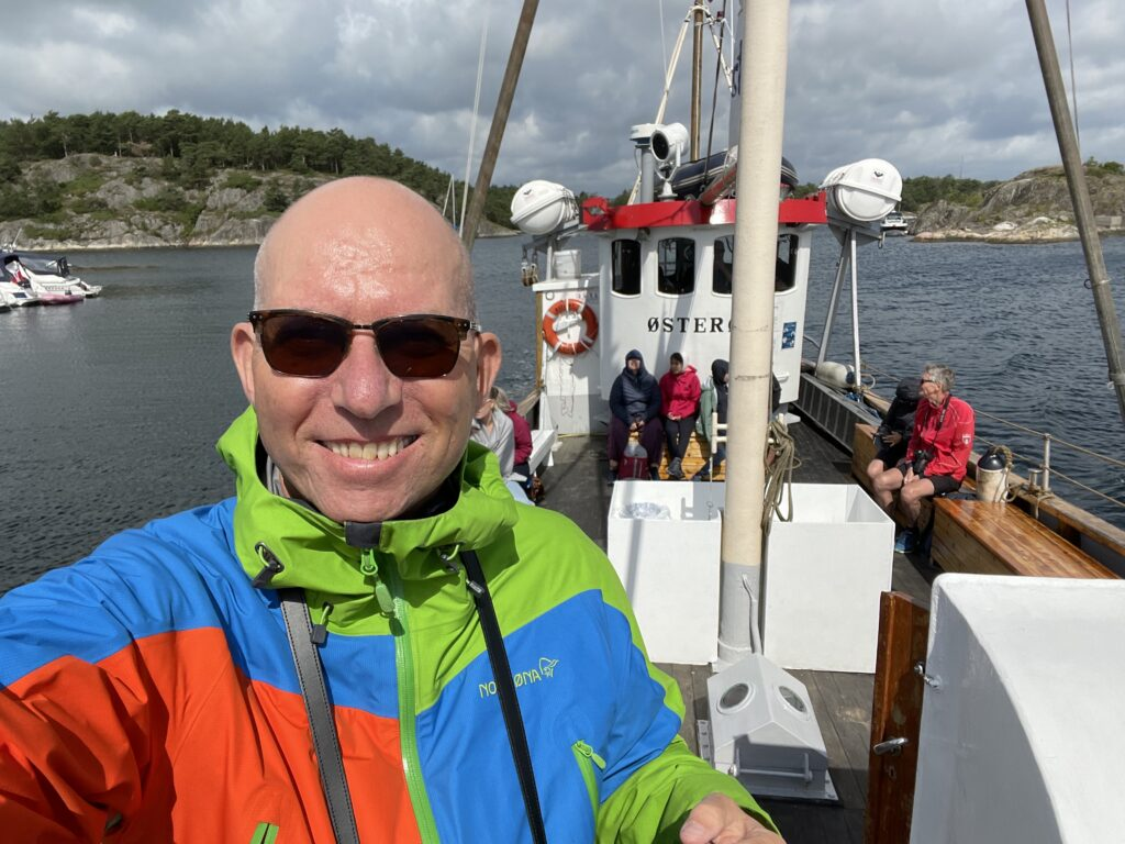 Odd Roar Lange på skjærgårdsopplevelser i Grimstad
